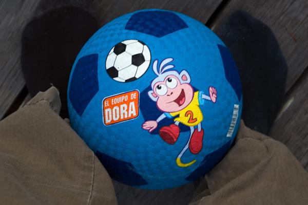 dora-soccer-ball