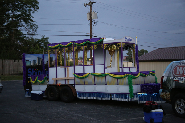 parade float travel