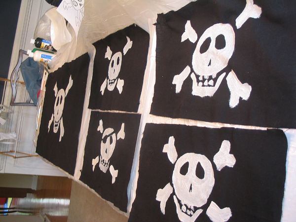pirate-birthday-party-flags